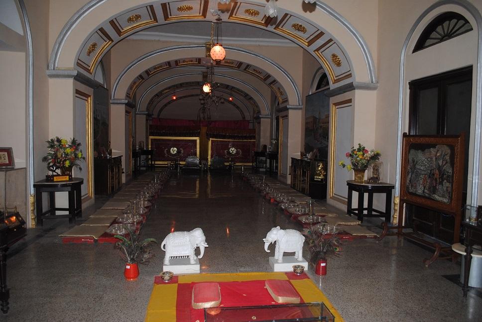 Jai Vilas Palace dining hall