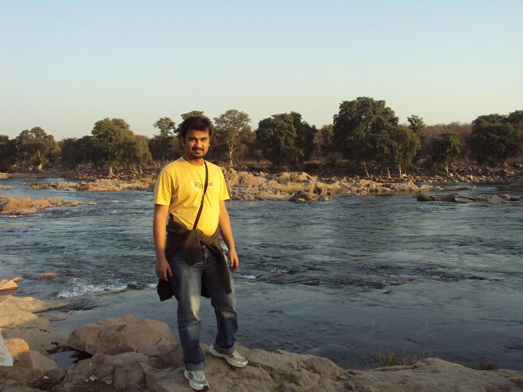 betwa river bank orccha