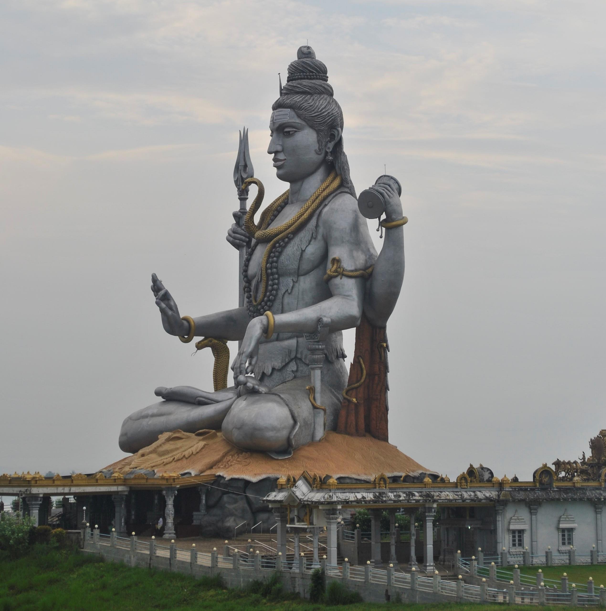 lord shiva statue murudeshwar